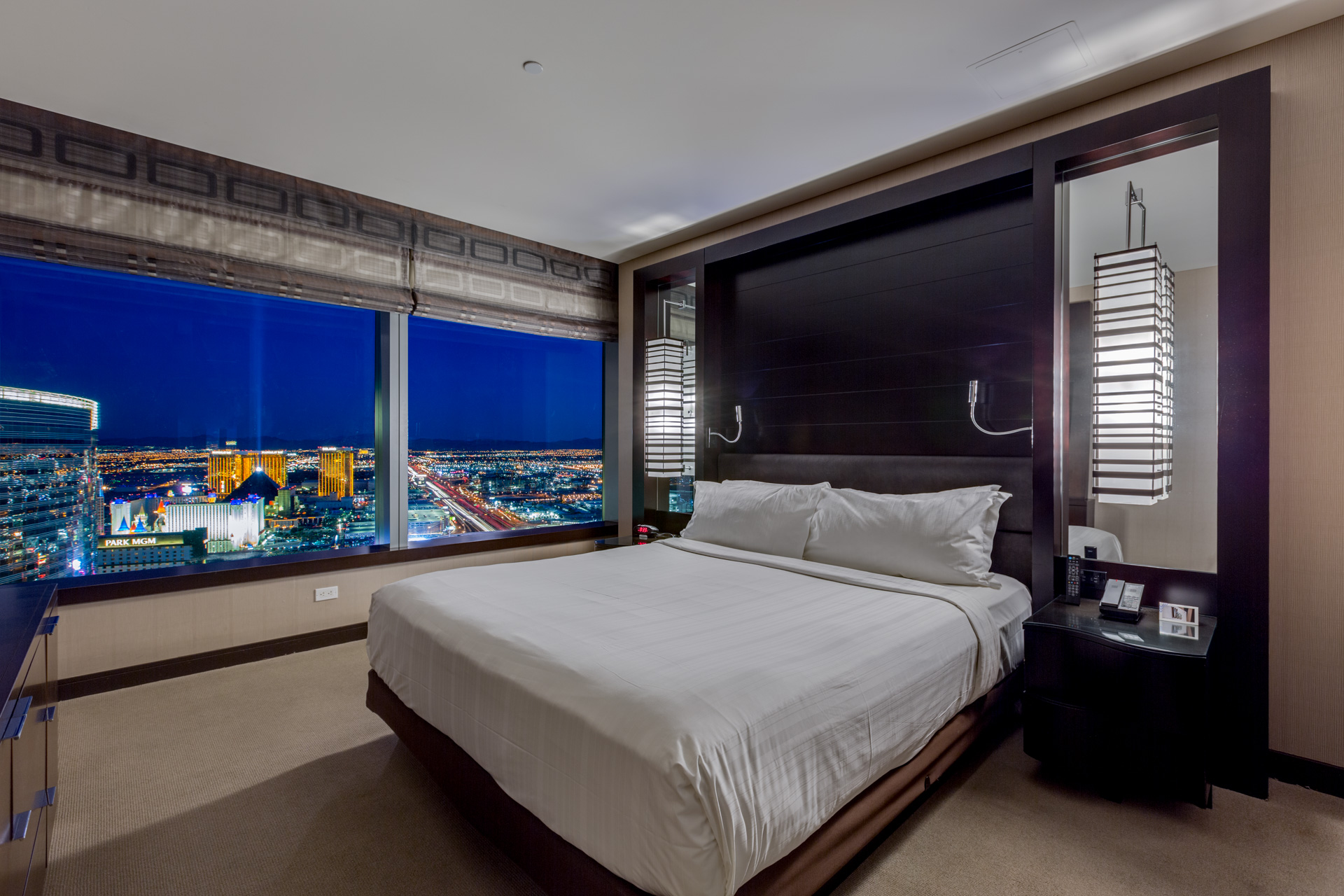 Suite 55019, Highest penthouse suite in Vegas, 2 bedrooms suites in Las Vegas, Secret Suites at Vdara